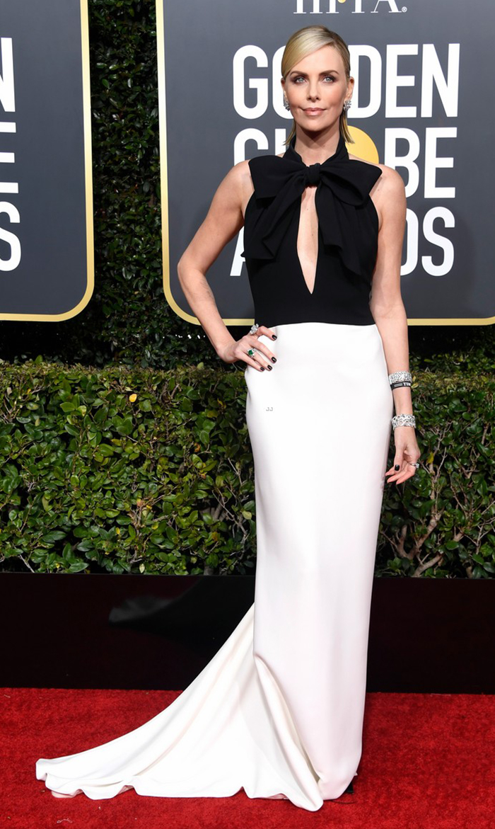 Charlize Theron veste Dior